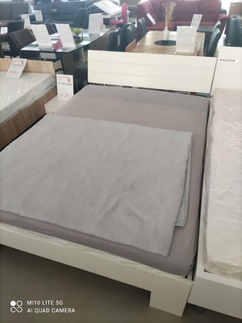 Futonbett NIGHTLIGHT Weiß Strassapplikationen 140x200  Restposten / Einzelstück / (Ausstellung BEV)